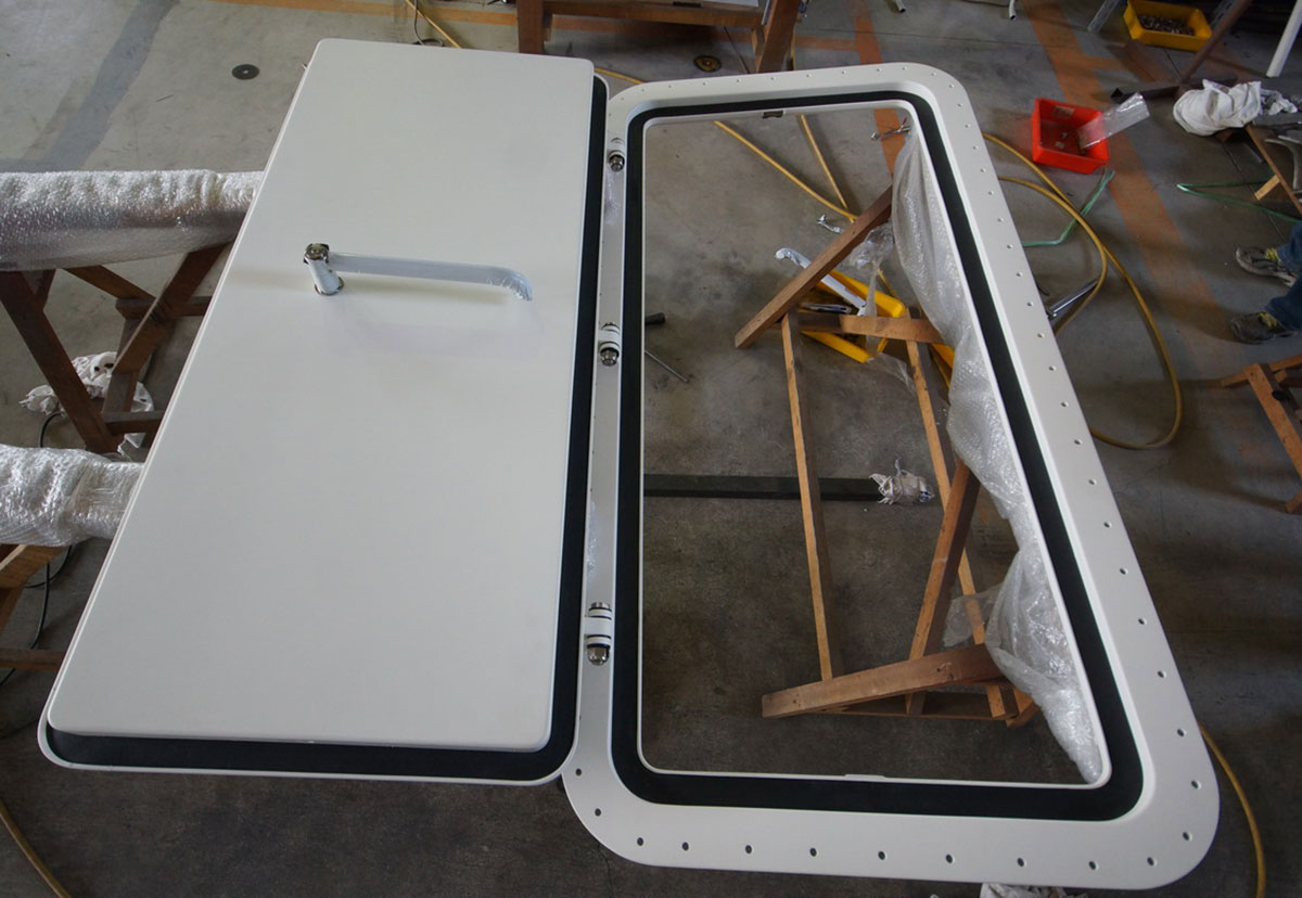 Watertight doors by Ocean Group & Ocean Group: Watertight Doors